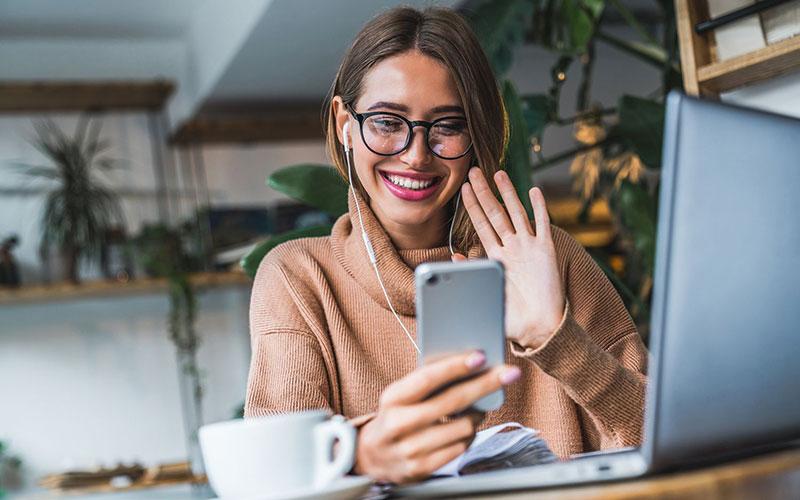 چگونه بهترین تماس تصویری زیباتری داشته باشید؟